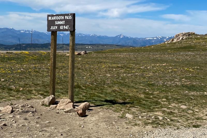 Beartooth Pass Summit -- 10,947'