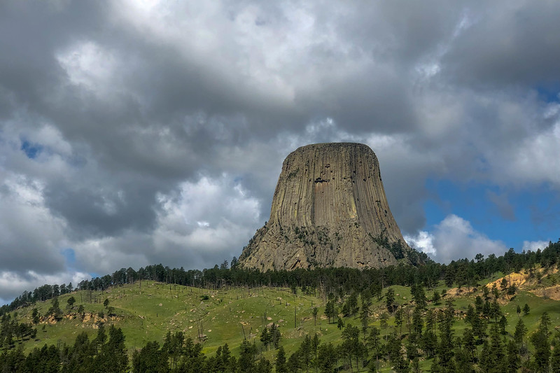 Devils Tower National Monument -- 3,880'