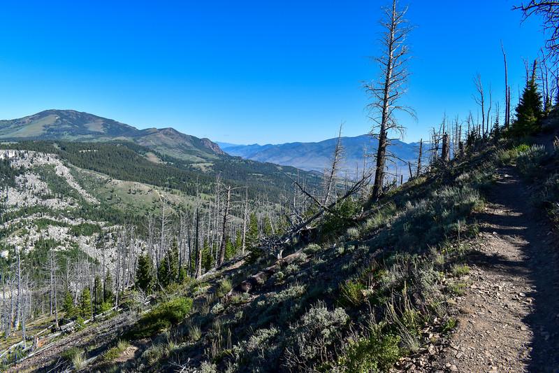 Bunsen Peak Trail -- 8,050'
