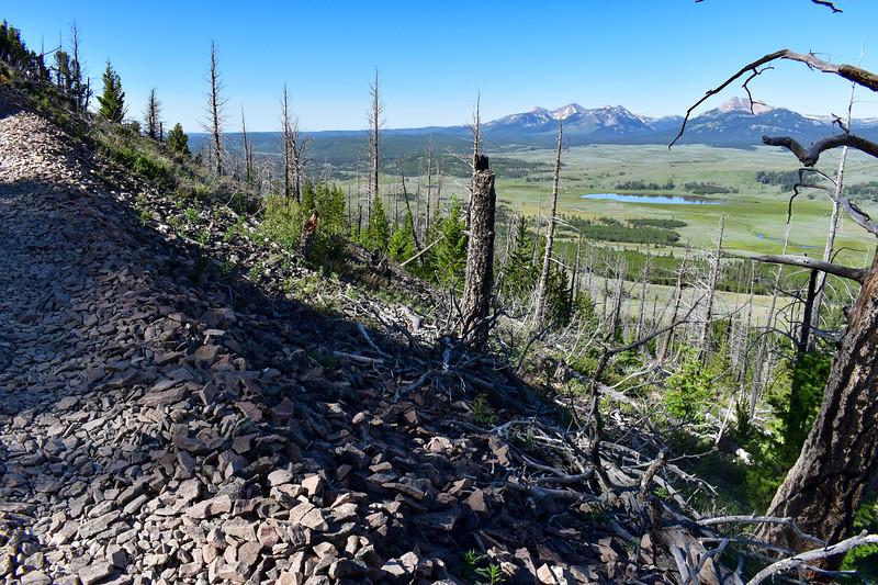 Bunsen Peak Trail -- 7,970'