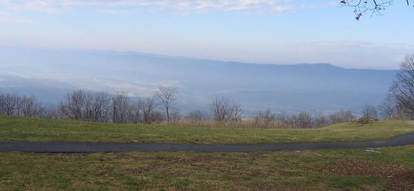 Dickey Ridge closed drive 2006-12-13