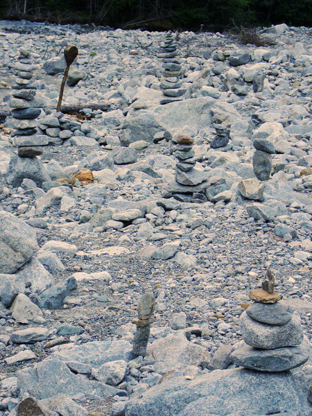 Lots of kairns alongside the river near the hotel. In fact, lots of stones all over, brought down by the big release of water from the mountain/glacier that Pascale told us about ???