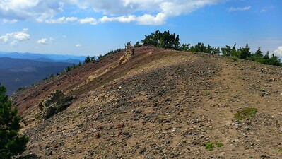 Looking at the south end of Olallie Butte