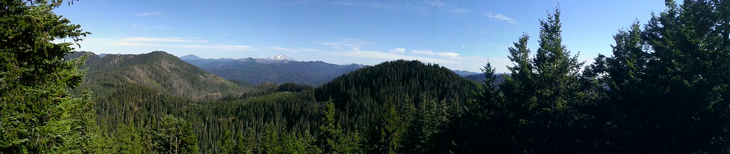 Panorama from the top of Bracket Mountain (Mt Jefferson in the background)