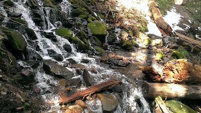 Memaloose Creek crossing