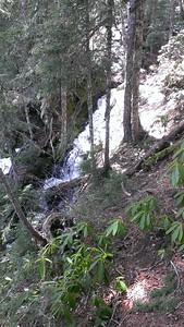 Memaloose creek outlet right below lake