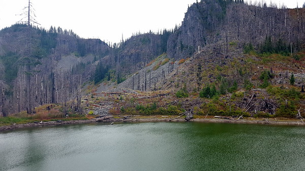 Un-named lake above Motherlode trail