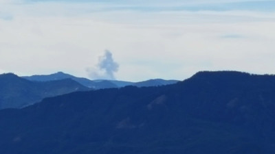This looked like a Forest Fire - it was WSW of the overlook, however I was unable to find any info about it online.  From the overlook on the Rimrock trail.