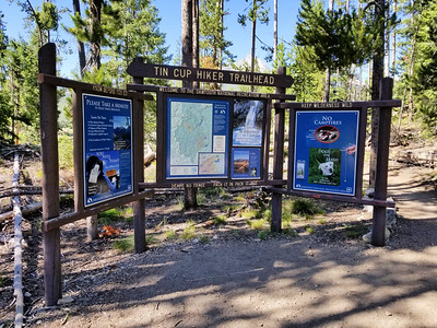 The Tin Cup Trailhead where we started and ended our trip