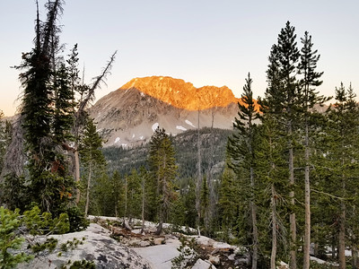 Alpenglow on Parks Peak in the evening