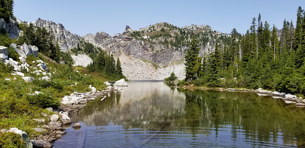 Minotaur Lake with Laybrynth Mountain behind - from outlet