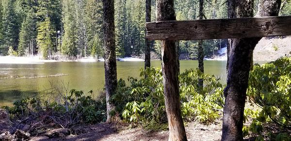 Campsite at Memaloose Lake with sign