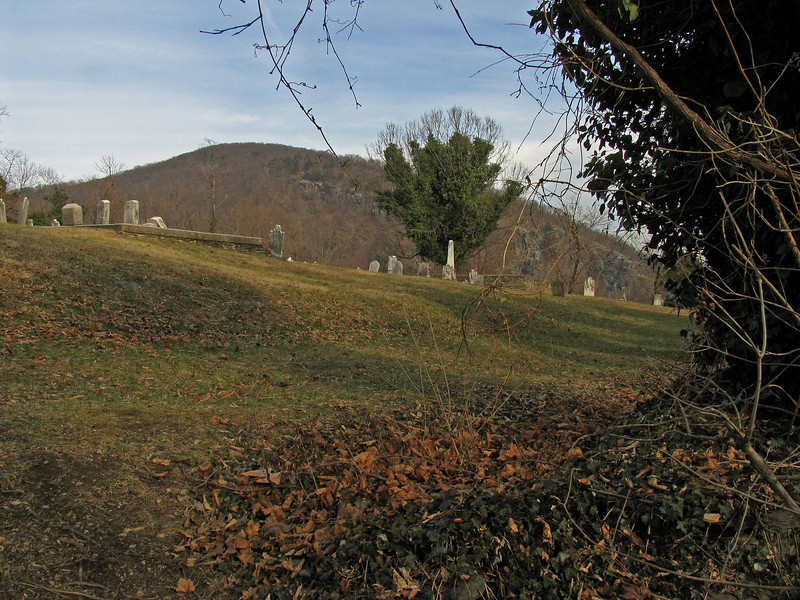 28 Harpers Ferry Cemetery_Robert Harper & family buried
