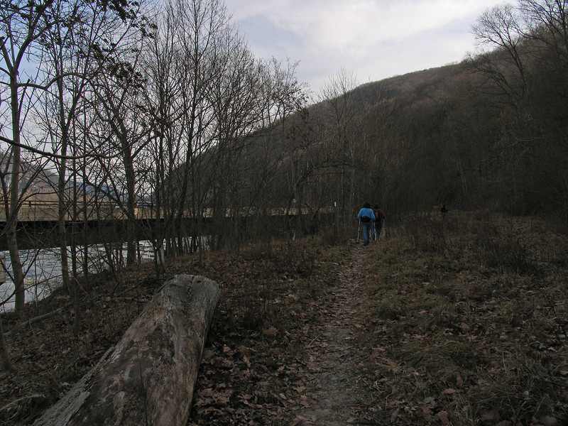 20 Applachian Trail approaching Shenandoah River crossing