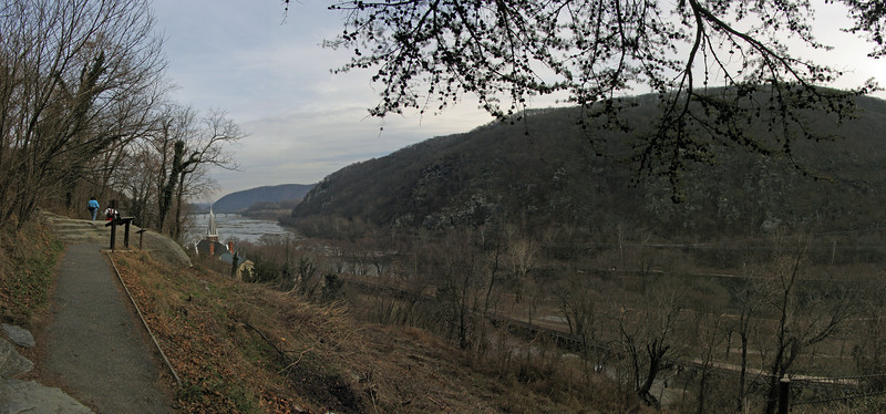 35 Panorama_Loudoun Heights_Shenandoah River
