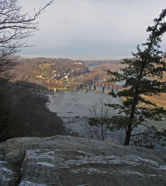 03 Confluence Potomac & Shenandoah Rivers below Split Rocks