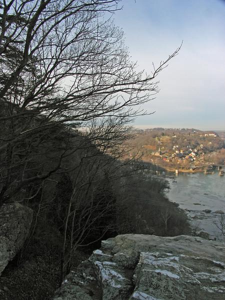02 Town of Harpers Ferry, WV below Split Rocks overlook