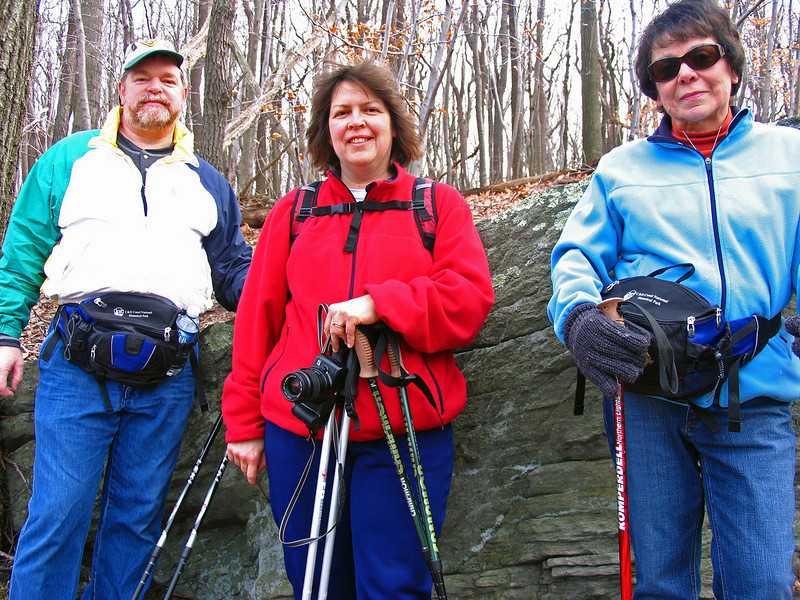 21 Doug,Peggy,Diane on Old Misery Trail