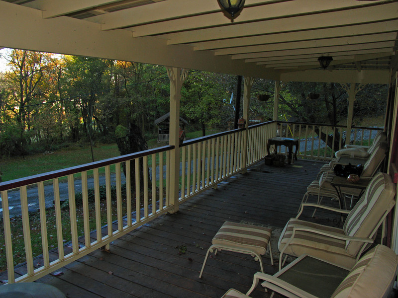 064 Front porch of house