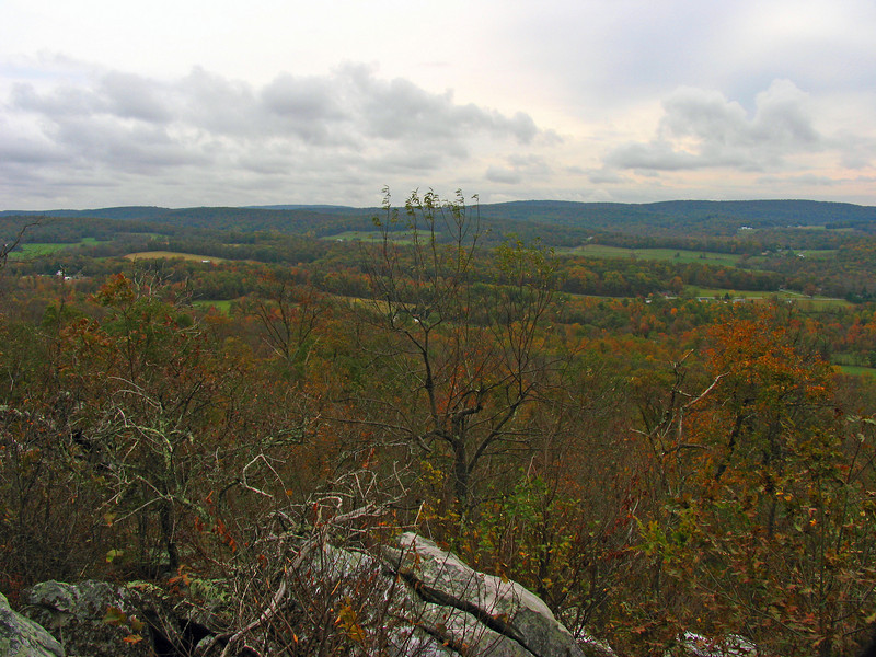 035 Good eastward view into Middletown Valley
