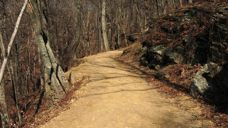 13 Bend in Maryland Heights Trail