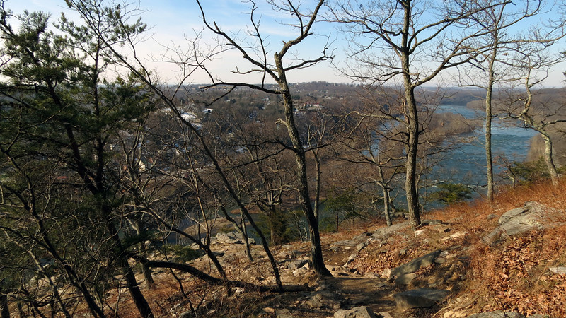 24 Approaching Harpers Ferry overlook