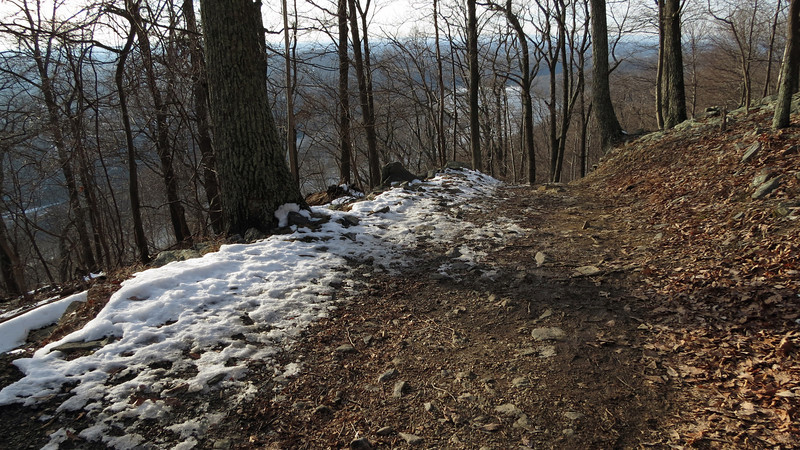 85 Descent of Maryland Heights Trail