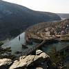 26 Maryland Heights cliffs view of Harpers Ferry, WV