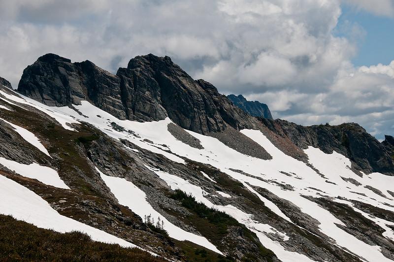 Ripsaw Ridge and Horshoe Peak.