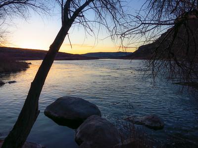 Sunrise on the Snake River at Celebration Park.