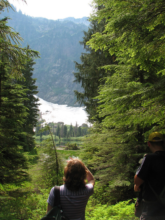 """More info: <a href=""""http://www.attrition.ws/index~Hike_Review~Heather_Lake_Mt._Baker_National_Forest-Snoqualmie_Washington~page~hikeoverview~HikeInstanceID~119.cfm"""">http://www.attrition.ws/index~Hike_Review~Heather_Lake_Mt._Baker_National_Forest-Snoqualmie_Washington~page~hikeoverview~HikeInstanceID~119.cfm</a>"""