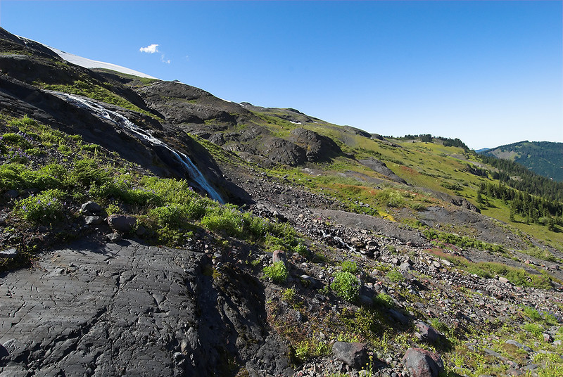 Looking west to the climbers route area (next hike).