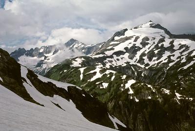 BillEdwards-Ptarmigan Traverse-Sahale Arm-015.jpg - view from Cache Glacier