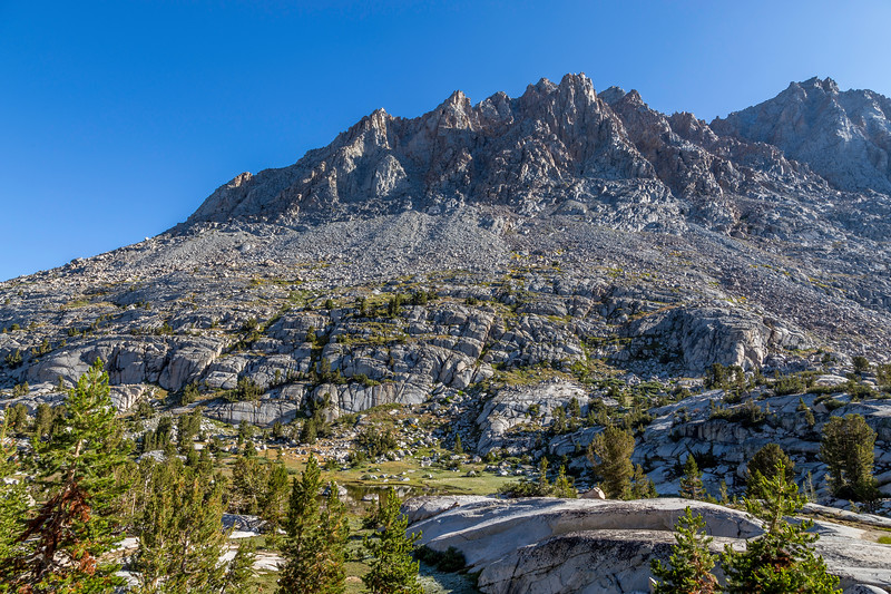 Trail view to Muir Pass 9-9-17_MG_4419