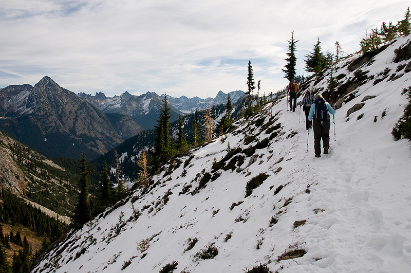 On the traverse to Maple Pass