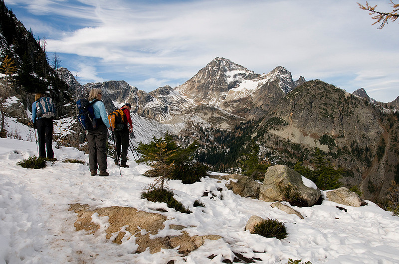 Heather Pass (6,100') & Black Peak (8,970')