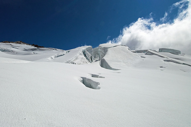 Entering larger crevasse area.