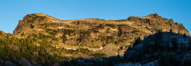 PCT 2016 Chikamin Peak sunrise 7-30-16_MG_1214-Pano
