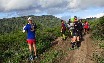Ryan introduces us to Gardiner Peak (6500'), slightly off the beaten path.