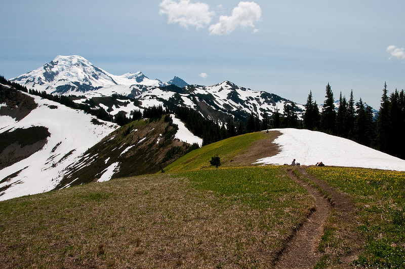 The trail then follows the divide and out to Chowder Ridge.