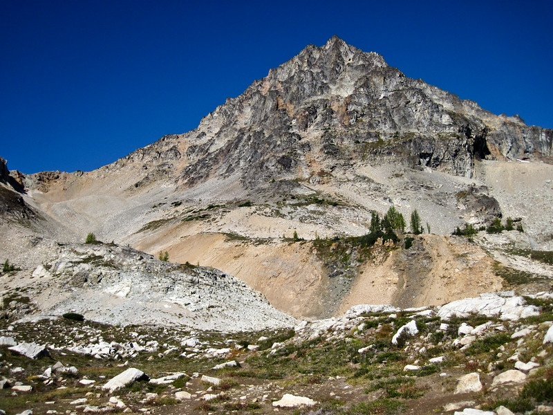 A look at Black Peak.  This peak has both class 3 & 4 scramble routes and class 5 climbing routes.