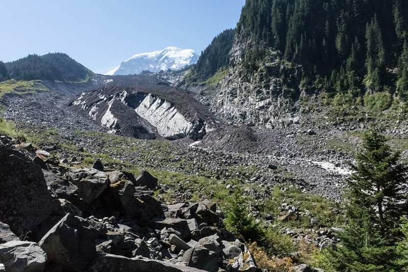 Snout of Carbon Glacier before the big climp to Spray Park.