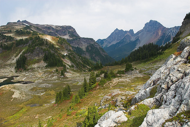 Border Peaks and the north side of the basin.