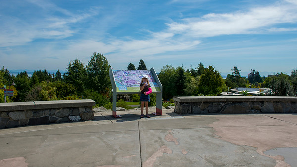 Ava and John - Point Defiance Zoo and Aquarium - August 2014