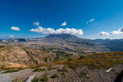 Mount Saint Helens from Johnston Ridge.