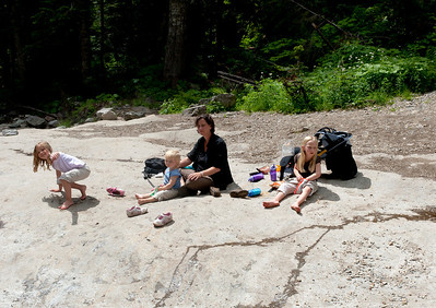 Kaitlyn, Ava, Amanda and Hannah having lunch along Denny Creek.