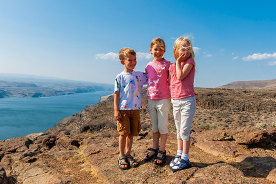 Aaron, Kaitlyn and Hannah with the Columbia River in the background.