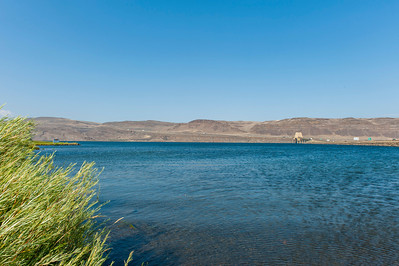 The I-90 crossing of the Columbia River near Vantage, WA.