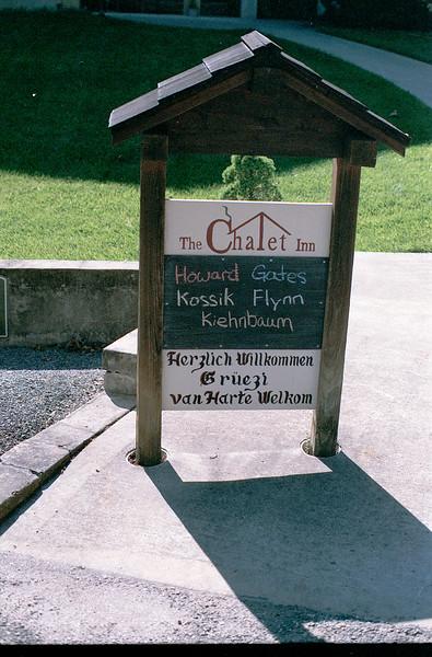 The Chalet Inn Sign