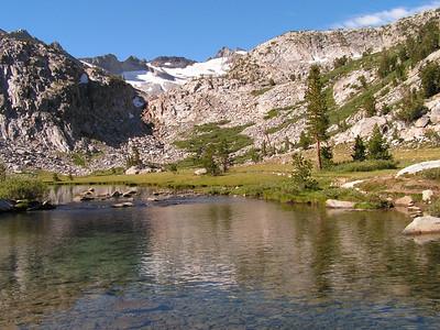 Unnamed lake below Donahue Pass